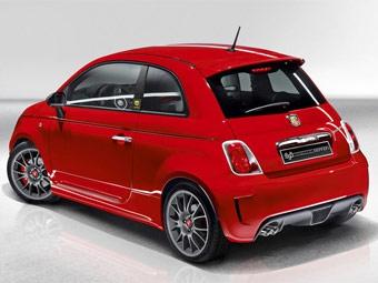 Фирма Ferrari построила собственную версию хэтчбека Fiat 500 Abarth SS