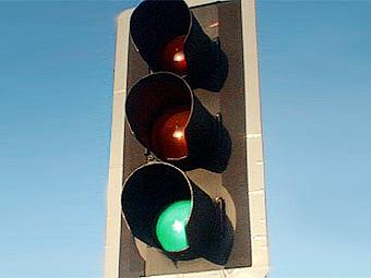 В Москве сократили время ремонта светофоров и дорог
