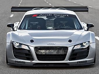 Audi R8 превратили в заднеприводный гоночный автомобиль