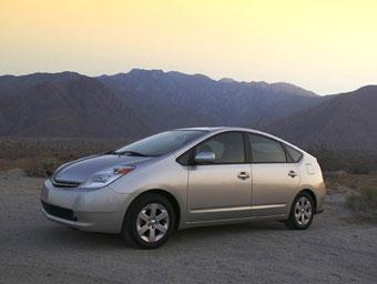 За семь лет Toyota продала в Европе 100 тысяч гибридов