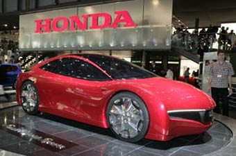 """Honda будет продавать """"гибриды"""" по цене """"Фокуса"""""""