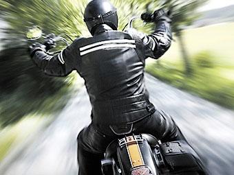 Мотоциклист попал в тюрьму из-за фотографии на Facebook