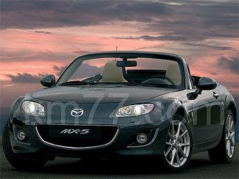 Появились дополнительные снимки обновленного родстера Mazda MX-5