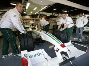 Компания Mercedes-Benz установила сроки продажи команды Honda