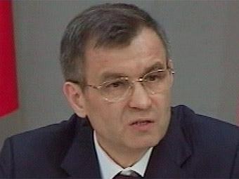 Нургалиев предложил установить на дорогах информационные экраны
