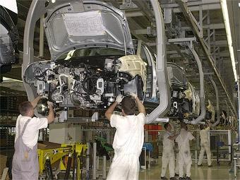 Группа PSA Peugeot Citroen уволит 11 тысяч человек