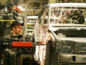 PSA Peugeot Citroen и Renault получат от правительства 7 миллиардов евро