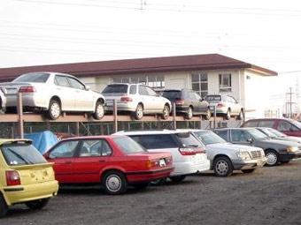 Британцы покупают подержанные машины вместо новых