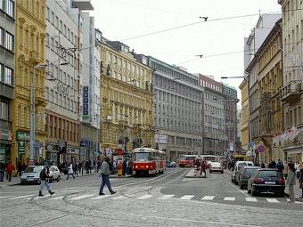 Чешский президент запретил премировать покупателей автомобилей