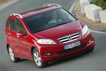 Honda FR-V получит мотор от Honda Civic