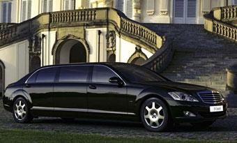 Mercedes-Benz представил новый бронированный лимузин на базе S 600