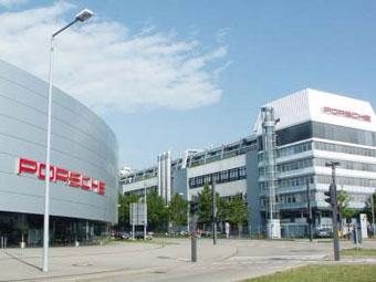 Из-за взрыва на заводе Porsche приостановлен выпуск модели 911