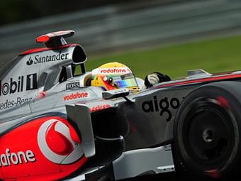 Льюис Хэмилтон показал лучшее время второй практики перед гонкой в Спа