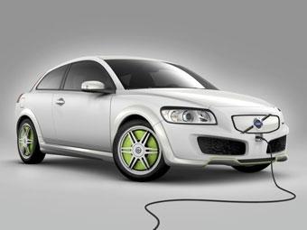 Новый гибрид Volvo C30 ReCharge можно будет зарядить от розетки