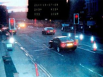 Британского водителя оштрафовали за помощь полиции