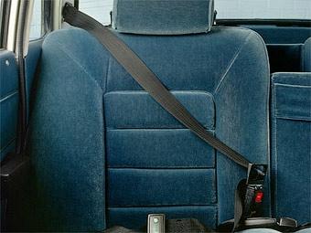 Компания Volvo отметила 50-летие трехточечных ремней безопасности