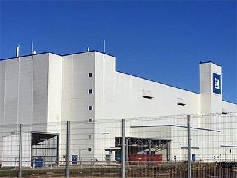 Российский завод GM возобновил выпуск автомобилей
