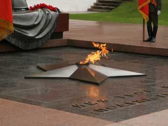 Из-за переноса Вечного огня в Москве ограничат движение