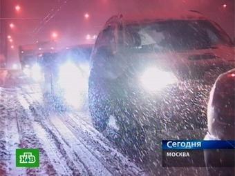 Московских автомобилистов попросили два дня ездить на метро