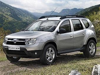 Появились фотографии интерьера кроссовера Dacia Duster