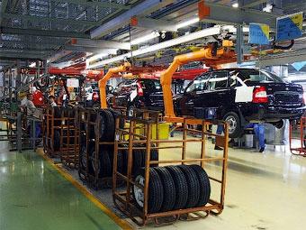"""Правительство одобрило выделение """"АвтоВАЗу"""" 12 миллиардов рублей"""