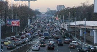Через несколько месяцев в Москве откроют первую перехватывающую парковку