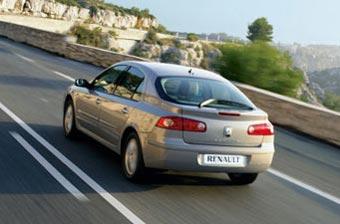 Renault отзывает 180 тысяч автомобилей