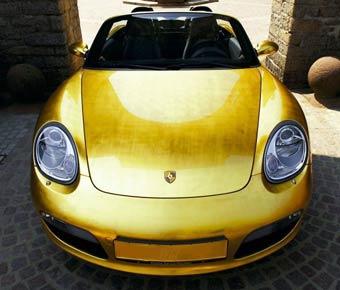 Немецкие ювелиры выпустят девять золотых Porsche