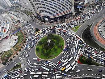В ноябре продажи автомобилей в Китае выросли вдвое
