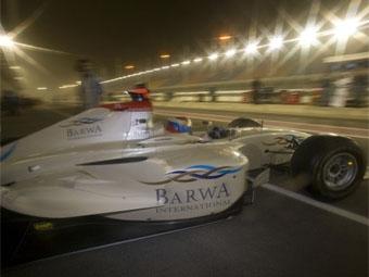 Виталий Петров занял третье место в квалификации GP2 Asia в Катаре