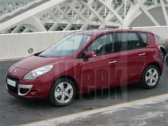 Фотошпионы запечатлели компактвэн Renault Scenic нового поколения