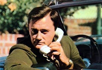 В Америке могут ввести полный запрет на мобильные телефоны в машине