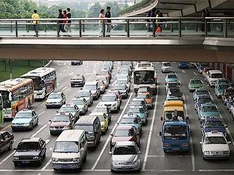 За два месяца в Китае отозвали 140 тысяч автомобилей
