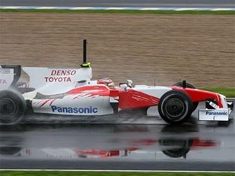 """Тимо Глок показал лучшее время во второй день тестов """"Формулы-1"""" в Хересе"""