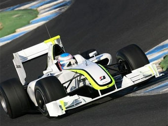 Команда Brawn GP вернулась на первую строчку тестов в Хересе