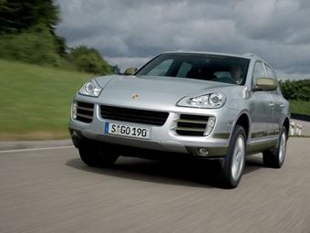 Porsche отложит выпуск гибридного Cayenne