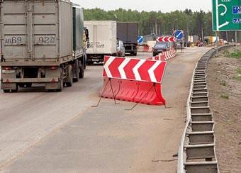 Правительство готово потратить дополнительные 100 миллиардов рублей на дороги
