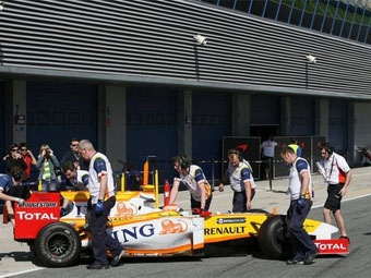Renault выступит в Гран-при Австралии с системой KERS