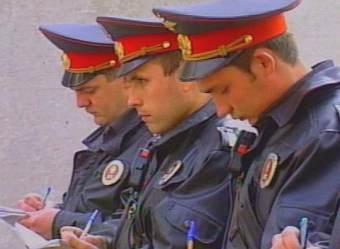 ГИБДД грозит штрафами за езду без страховых полисов