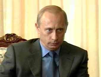 """Путин освободил военный транспорт от обязательной """"автогражданки"""""""