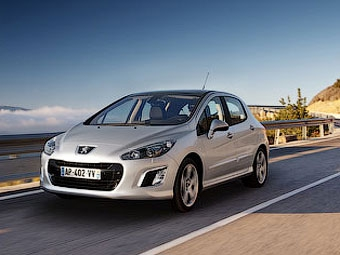 Обновленный Peugeot 308 привезут в Россию через полгода