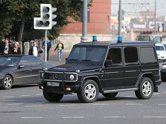 """Каждый пятый россиянин недоволен автомобилями с """"мигалками"""""""