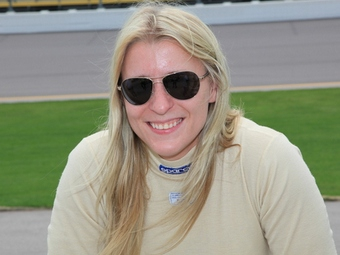 """В юбилейную гонку """"Инди-500"""" заявилась еще одна женщина"""