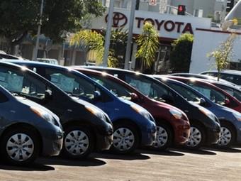 Из-за землетрясения продажи автомобилей в Японии упали на треть