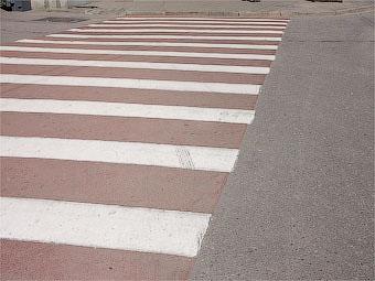 Госдуме предложили увеличить штраф за парковку на пешеходных переходах