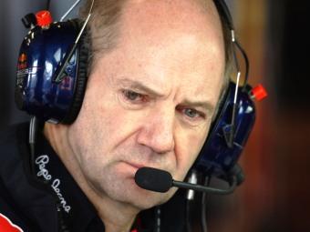 Red Bull не сможет оперативно решить проблему с надежностью KERS
