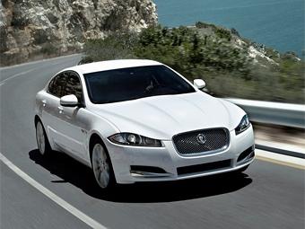 Внешность Jaguar XF подтянули к флагманскому седану