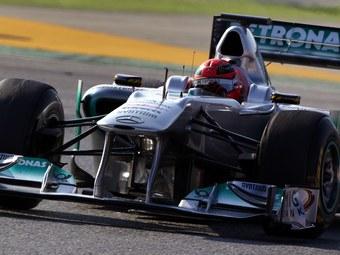 Обновленный болид Mercedes оказался быстрейшим на тестах в Барселоне