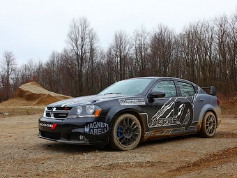 Фирма Mopar сделала из седана Dodge Avenger ралли-кар