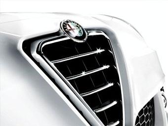 """Новую модель Alfa Romeo построят на заднеприводной платформе """"Крайслера"""""""